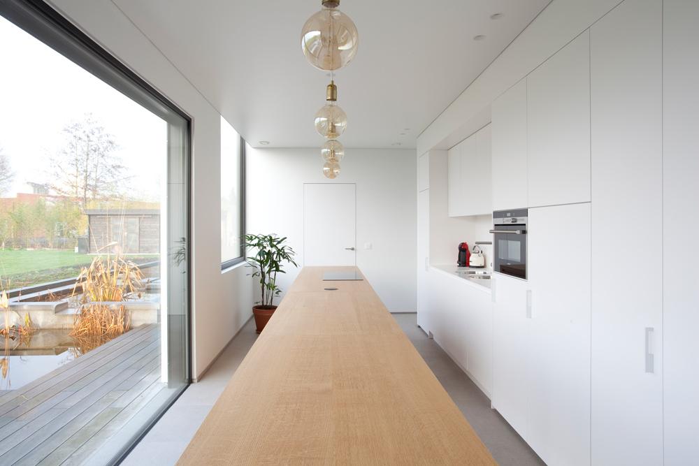 Schrijnwerk dokterspraktijk guy verheyen interieur for Interieur architect vacature